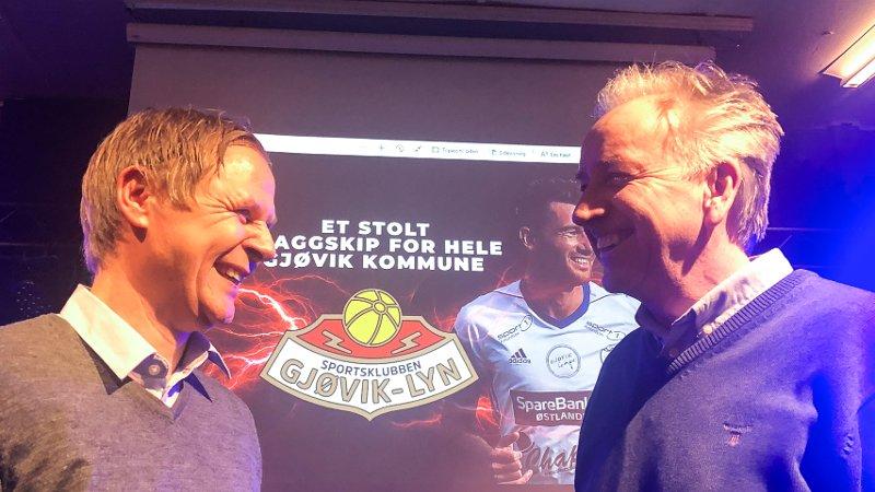 Geir Langedrag (t.v.) og Vidar Davidsen etter medlemsmøtet i FK Gjøvik-Lyn på Arbeidersamfundet onsdag.