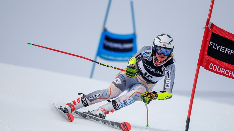 Norway's Thea Louise Stjernesund competes during an alpine ski, women's World Cup giant slalom in Courchevel, France, Tuesday, Dec. 17, 2019.(AP Photo/Gabriele Facciotti)