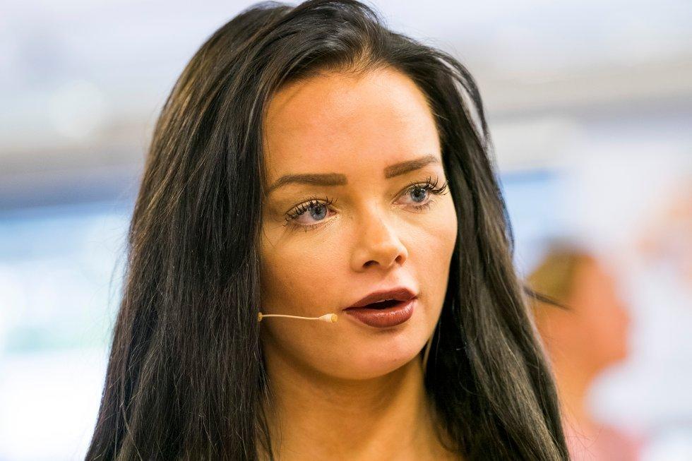 Avisa Nordland - Sophie Elise navngir menn som sprer sex-bilde