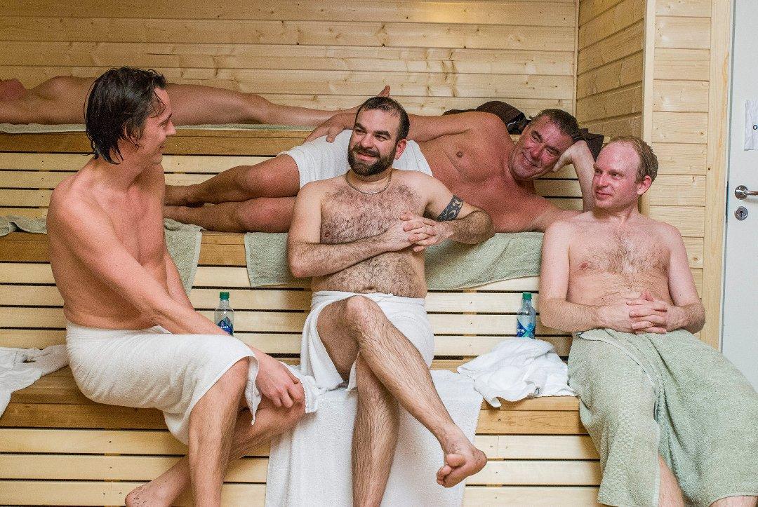 kontakt menn norske nakne menn homoseksuell