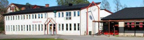 Verneombudet stengte fire klasserom på Myklerud skole på Nesodden i juni, men de skal åpnes til skolestart den 20. august. Foto: Petter Løken