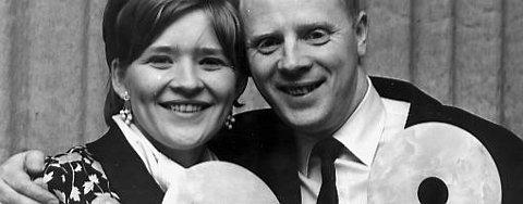 Arne Bendriksen er nestor i norsk populærmusikk. Her med Kirsti Sparboe fra 1967.