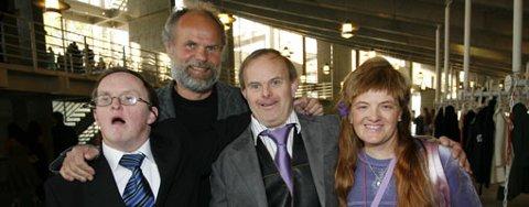 Per Erling Grindstein, Øyvind Sandberg, Kåre Morten Watne og Maybritt Stusdal Matre var spente før utdelingen av Gullruten. Gjengen stakk av med prisen for beste dokumentarfilm.