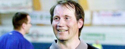 Mikkel Nils Sara, tidligere fotballdommer, nå trollmann, frykter at han må ta sin del av skylden for Branns 0-6-tap for Lyn.