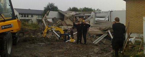 INGEN SKADD: Heldigvis ble ingen skadd da bygningen kollapset.