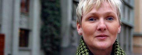 Åse-Marie Høyland, kontrollsjef ved Hordaland Fylkesskattekontor, mottar stadig tips fra parter i skilsmisseoppgjør som vil fortelle om eksens svarte arbeid.