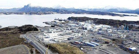 Uenighet om mobile gasskraftverk på Aukra.
