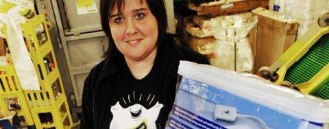 På lager. I går fjernet Monica Rosvold varmeteppene som kan være årsak til en boligbrann.