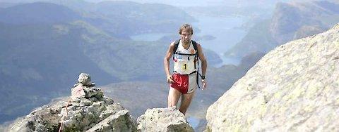 FULL GALOPP: Jon Tvedt var i ein klasse for seg på Storehesten Opp i 2007. Han kan kjempe om norgescuppoeng neste gong han vitjar Sunnfjord. Foto: Rune Fossum