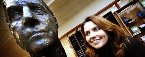 Daglig leder Beate Bjørge ved Heyerdahl-instituttet er strålende fornøyd med navnendringen.