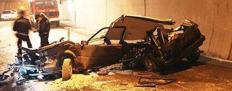 En 18-åring omkom i en ulykke i Tromsøysundtunnelen lørdag. Mannen var involvert i samme type ulykke for ett år siden.