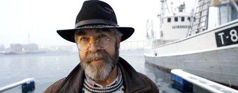 """GJELDSSLAVE: Den gamle gjelden til selfangerne i Nord-Norge vil forfølge Odd Lindberg hele hans liv. Det norske rettsvesenet nekter ham gjeldssanering, selv om 17 av 19 opprinnelige saksøkere fra """"Harmoni"""" har gitt sin tilslutning til at Lindberg bør bli gjeldfri."""