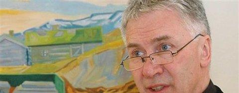 Hovedutvalgsleder Torfinn Reginiussen (Ap) for helse og sosial varsler kamp om å få beholde poliklinikkene i Alta. Arkivfoto: Robin Mortensen