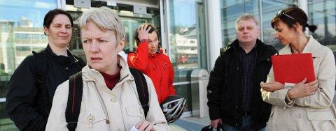 SINT: Kristin Arvesen og de andre tillitsvalgte for Pleie-, og omsorg i Tromsø kommune mener rådmannen bryter Hovedavtalen.