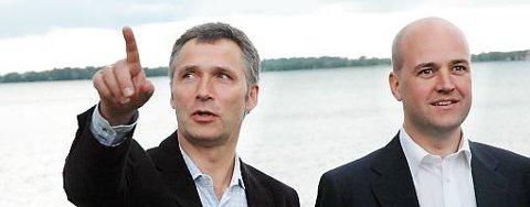 Sveriges statsminister Fredrik Reinfeldt vil gå bort fra ordningen med felles valgdag. Her sammen med Jens Stoltenberg ved Göta Kanal.