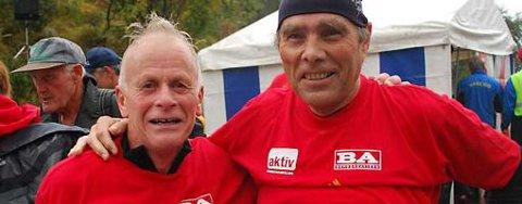 Rolf Olsen til venstre har brukt de samme skoene i 27 Stoltzekleiven Opp (27.09.2008).