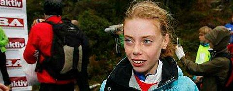 Synne Visnes (14) vant overraskende dameklassen i «Stoltzekleiven opp» (27.09.2008).