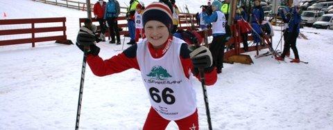 KM-BRONSE: Lasse Virkesdal frå Dalsøyra tok bronse i KM i skiskyting i helga. No vil han satsa innan sporten. (Alle foto: Privat)