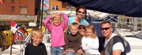 Brage, Frida, Lars og Aurora, som sammen med Tove Buschmann, Roy Rise og Ola Aarseth endte på 3. plass under Vestfjordseilasen 2009.