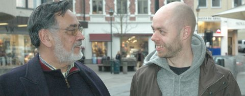 BOKVENNER: Lidio Dominguez og Ole Jakob Løland er venner og politikerkolleger. Løland skrevet bok om Dominguezs liv, og torsdag inviterer de til bokkveld.