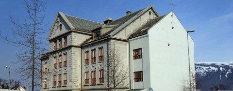 UTSATT: Den planlagte fotgjengerundergangen ved Gylleborg skole er utsatt til sommeren 2010.