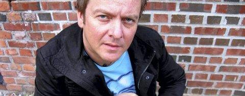 """SLIPPER SINGEL: Bjørn-Peder Horn Johansen (42) er svanger med ny skive. I disse dager slipper han en smakebit fra nyplata, med låtene """"Pappaperm"""" og """"Vise te trøst for oss aille"""". (Pressefoto)"""