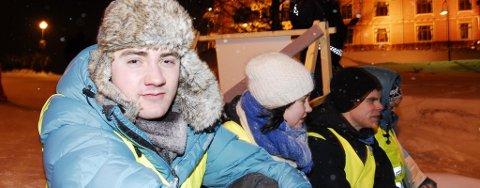 Ola Skaalvik Elvevold, leder i Natur og Ungdom, måtte sitte nærmere 20 timer i arresten etter demonstrasjonen mot oljekonferansen i Holmenkollen tirsdag.