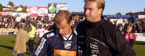 Tom Gulbrandsen og Lars Tjærnås fra den tiden førstnevnte var spiller og sistnevnte var trener i HBK. Nå kan de to bli trenerkolleger i HBK.