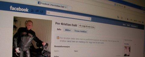 Ordfører Per- Kristian Dahl er aktiv på Facebook. Kommunen som helhet bør følge hans eksempel, konkluderer studentrapport. Arkiv.