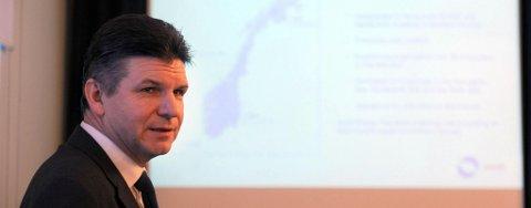 Direktør Erik Karlstrøm i North Energy mener skolen må ta mer ansvar for å inspirere ungdom til utdanning innen olje.