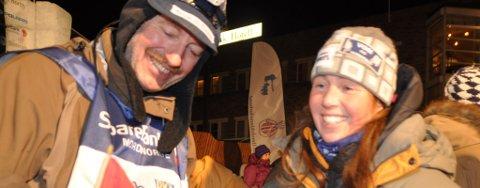 Roger Dahl og handleren Trine Lyrek etter at Dahl kom inn som vinner av 100-mila.