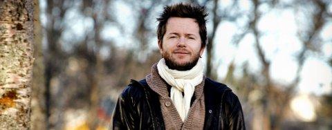 SALMEMUSIKER: Espen Lind setter musikk til salmer i et nytt prosjekt.