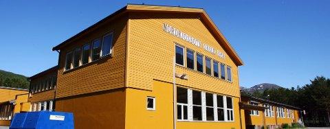 KRITISK SKADET: 12-åringen ble tidligere i dag kritisk skadet under lek ved Nordkjosbotn Skole.