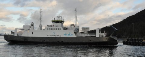 SISTE DAG: MF Kvinnherad gjekk siste turen i sambandet Årsnes-Varaldsøy-Gjermundshamn i dag.