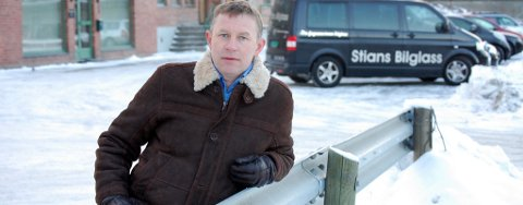 Leder av Hønefoss Nord, Børre Kongsmo, mener at planen legger opp til tap av for mange parkeringsplasser.