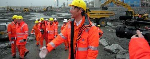 I januar 2006 var det fryd og gammen da statsminister Jens Stoltenberg besøkte anleggsområdet for gasskraftverket på Kårstø.