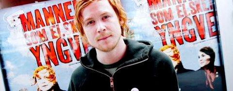 Rolf Kristian Larsen, representant for en ny generasjon skuespillere, har hovedrollen i «Mannen som elsket Yngve».
