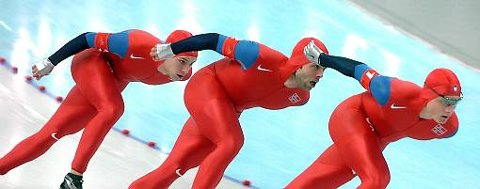 Mikael Flygind Larsen (bakerst) starter et eget skøytesprintlag, etter at han trakk seg fra landslaget hvor Håvard Bøkko (forrest) er den store stjernen.