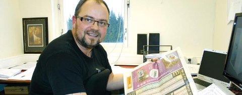 - Modum bør søke mot Øvre Eiker, og kommunesenteret i en storkommune i Midtfylket kan gjerne bli i Hokksund. Verden er blitt annerledes enn den var for 50 år siden, sier Odd Georg Hansen (Frp), kommunestyrerepresentant i Modum. Han mener også at fylkeskommunen har utspilt sin rolle.