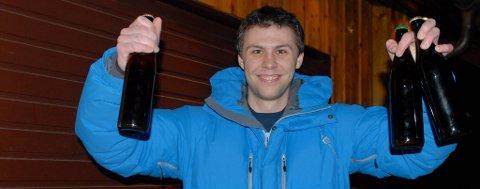 Shea-Arne Engevik vant øl-klassen under NM i Oslo sist helg. Narvik-mannens øl er så godt, at det skal videre til Skandinavisk mesterskap.