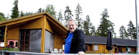 NYTT HUS: Bjørnholthagan boliger spiller på lag med Rælingens fine rådhus.