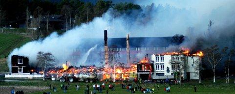 Med full seier i Høyesterett, vil Dombås Hotell få nærmere 80 millioner kroner i erstatning etter brannen den 19. mai i 2007.