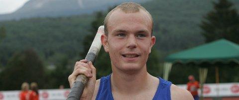 TOK GULL: Kim Nes Leirvik sikra seg medalje av ypparste valør i stavsprang.