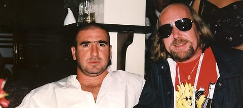 Fotballikonet Eric Cantona og Jon Eidsbråten.