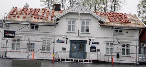 SpareBank1 Østfold Akershus svarer på kritikken fra statsminister Erna Solberg.