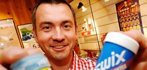 Bjørn Krekke kan by fram mer en blå-Swixen. Fra 1. september eier Swix Toko. Foto: Asmund Hanslien