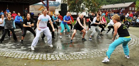 Aktiv Otta baud på zumba, afrikansk dans er på moten nå.
