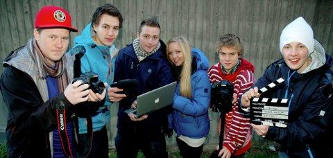 VIL VINNE AMANDUS: Ambisiøse unge filmskapere. F.v. Håkon Jørgensen, Runar Romfog, Oskar Brandbyge, Vilde Løkken, Vetle Hallås og Teodor Wedum.