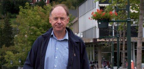Sel ordfører Dag Erik Pryhn ble uthengt som en mulig overgriper av nestlederen i Oppland Venstre, Mikkel Dobloug.