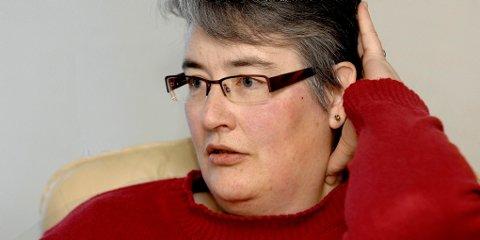 - Tyske leger opererte meg i bakhodet og skrudde sammen skadene i nakken, sier Olga Rindal.